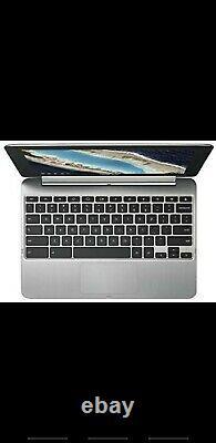 ASUS laptop. C101P. 4GB RAM, 16GB Memory. 10.1, Silver, Memory card slot