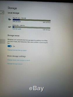 New Asus X556UA CPU i7 / RAM 12GB / Memory 2TB /DVD / USB 3.1