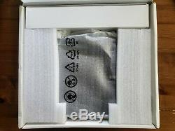 Samsung Pro 2-in-1 Chromebook, 4GB RAM, 64GB eMMC Flash Memory